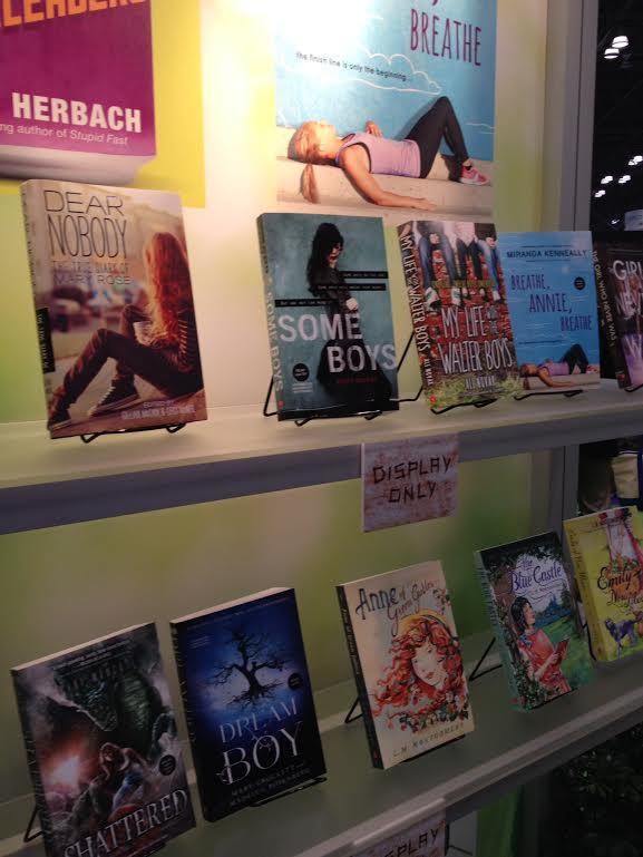 sourcebooksdisplay